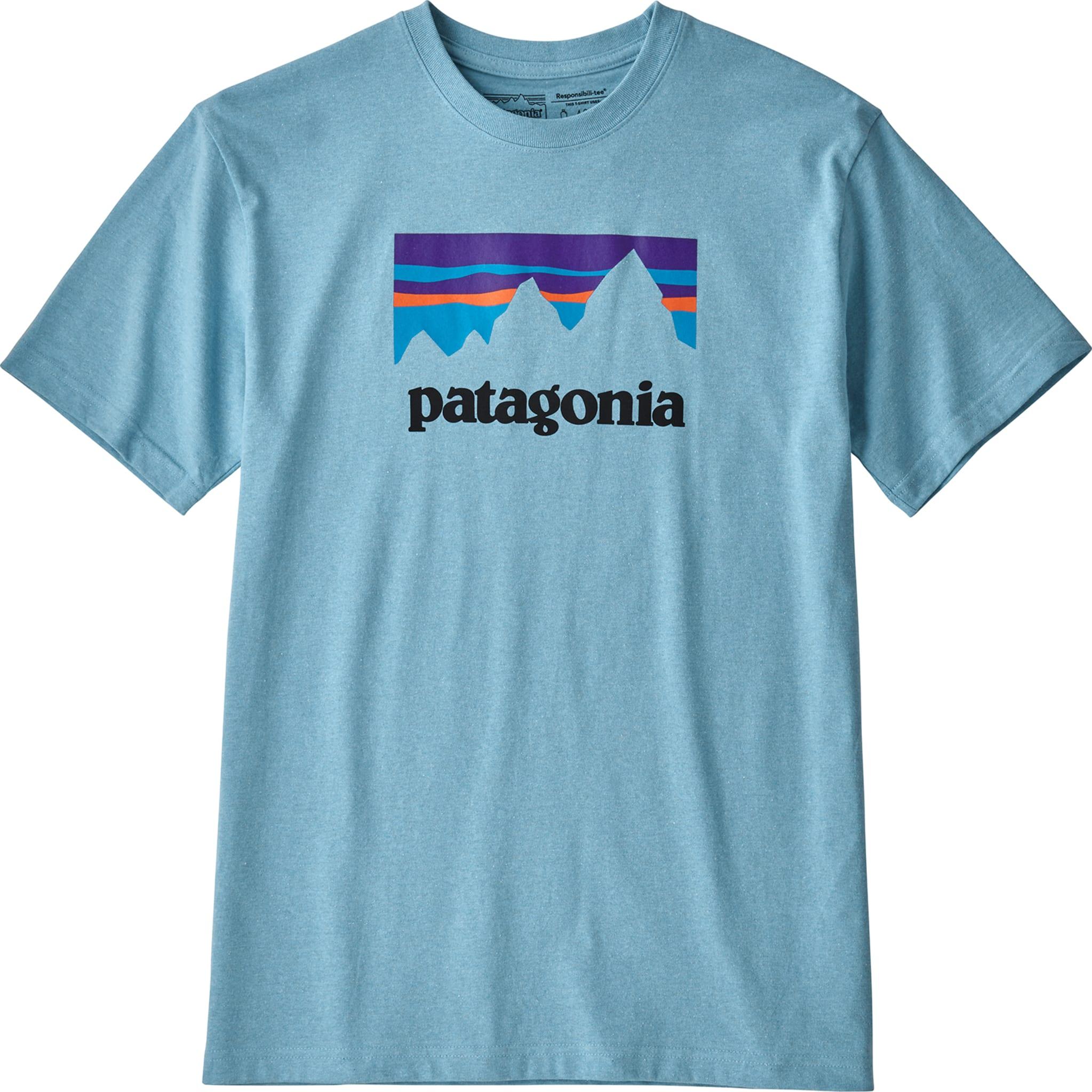 T-skjorte laget i resirkulert bomull og polyester