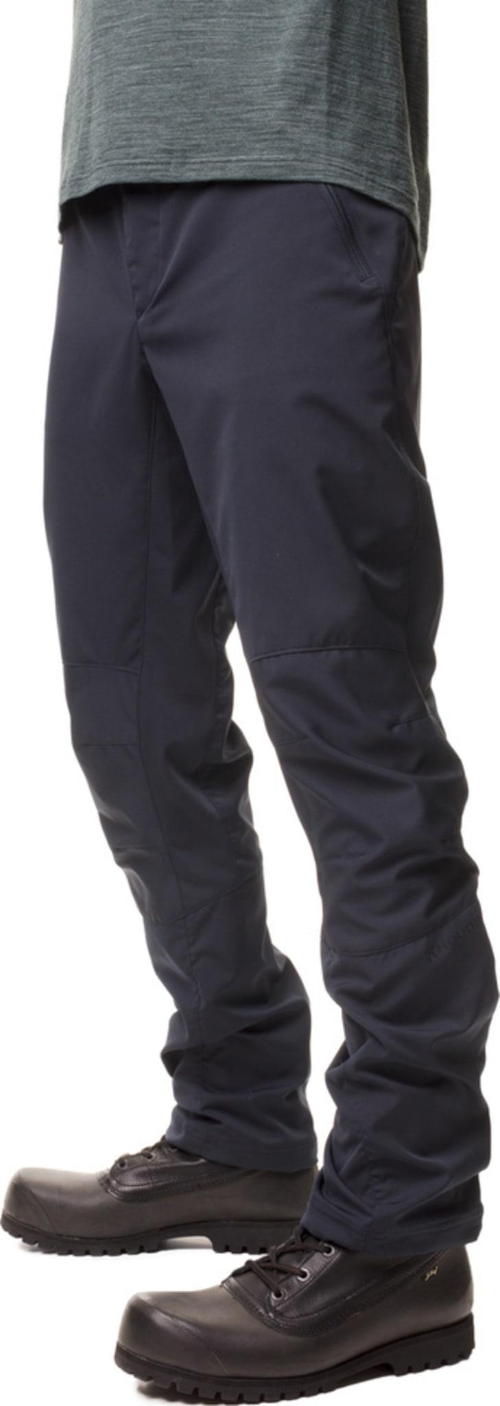 Stilig og allsidig softshellbukse med stretch