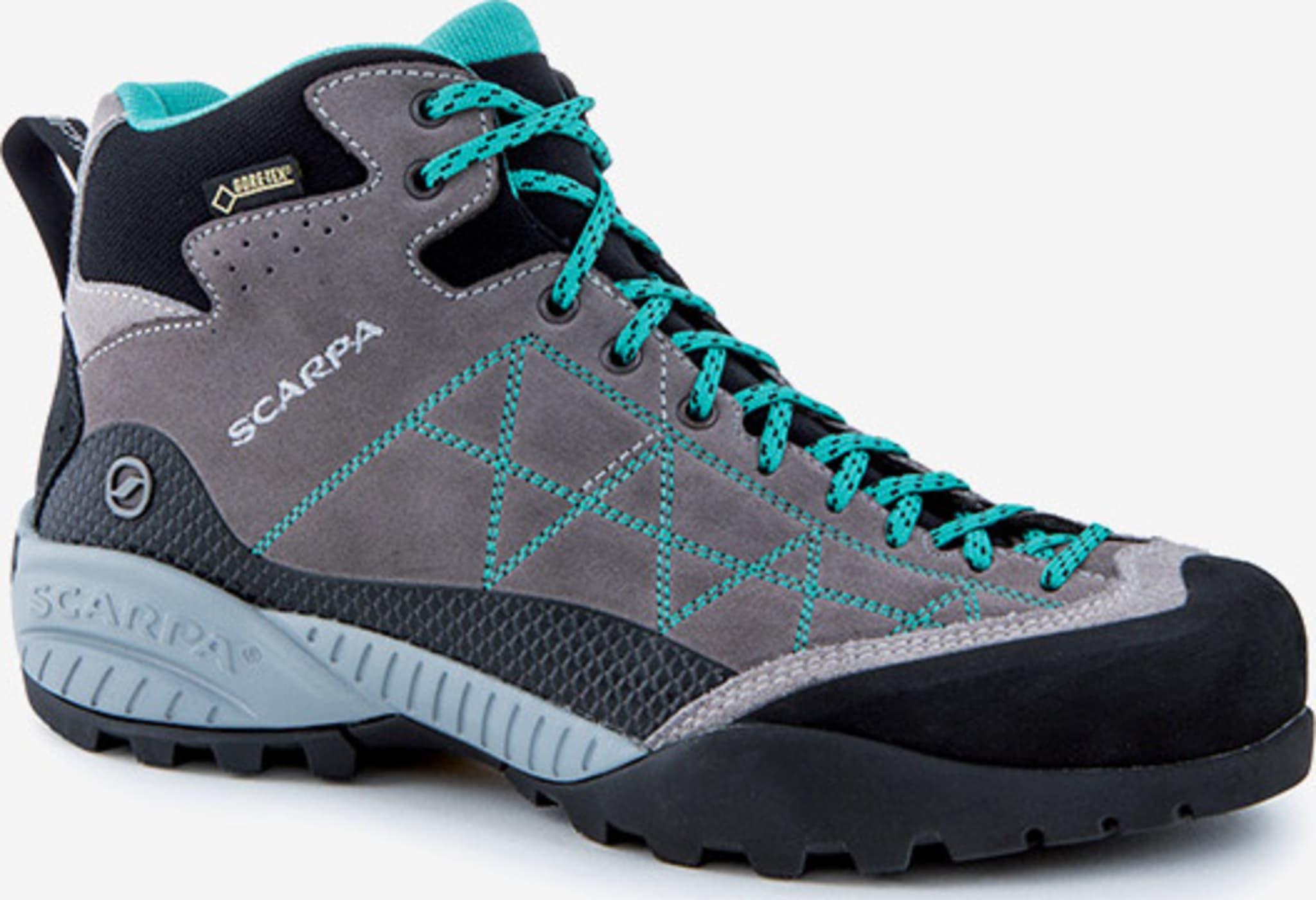 Vanntette sko for tekniske anmarsjer, enkel klatring og fotturer