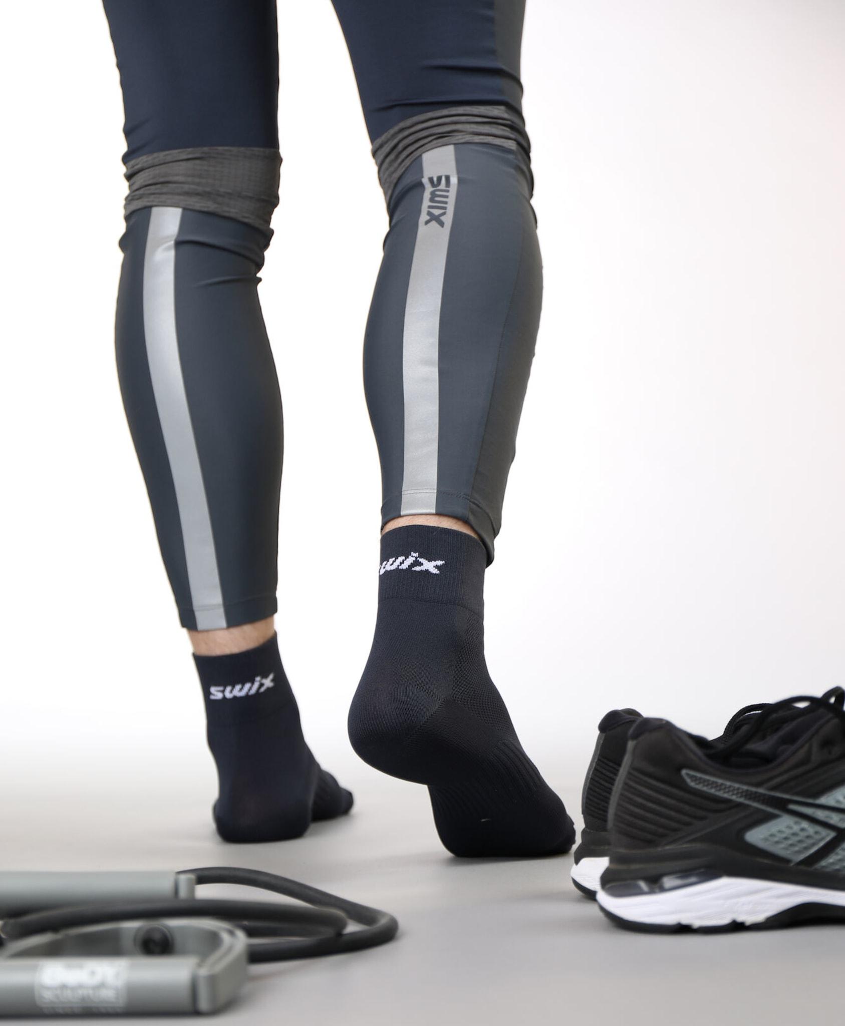 2-pakning med tekniske hydrofobiske sokker godt egnet for våte løpeforhold og andre forhold/aktiviteter