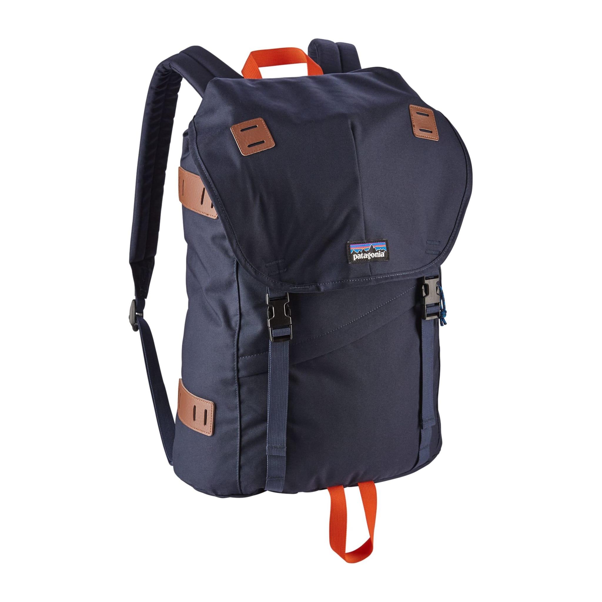 Sporty ryggsekk med egen lomme for bærbar PC.