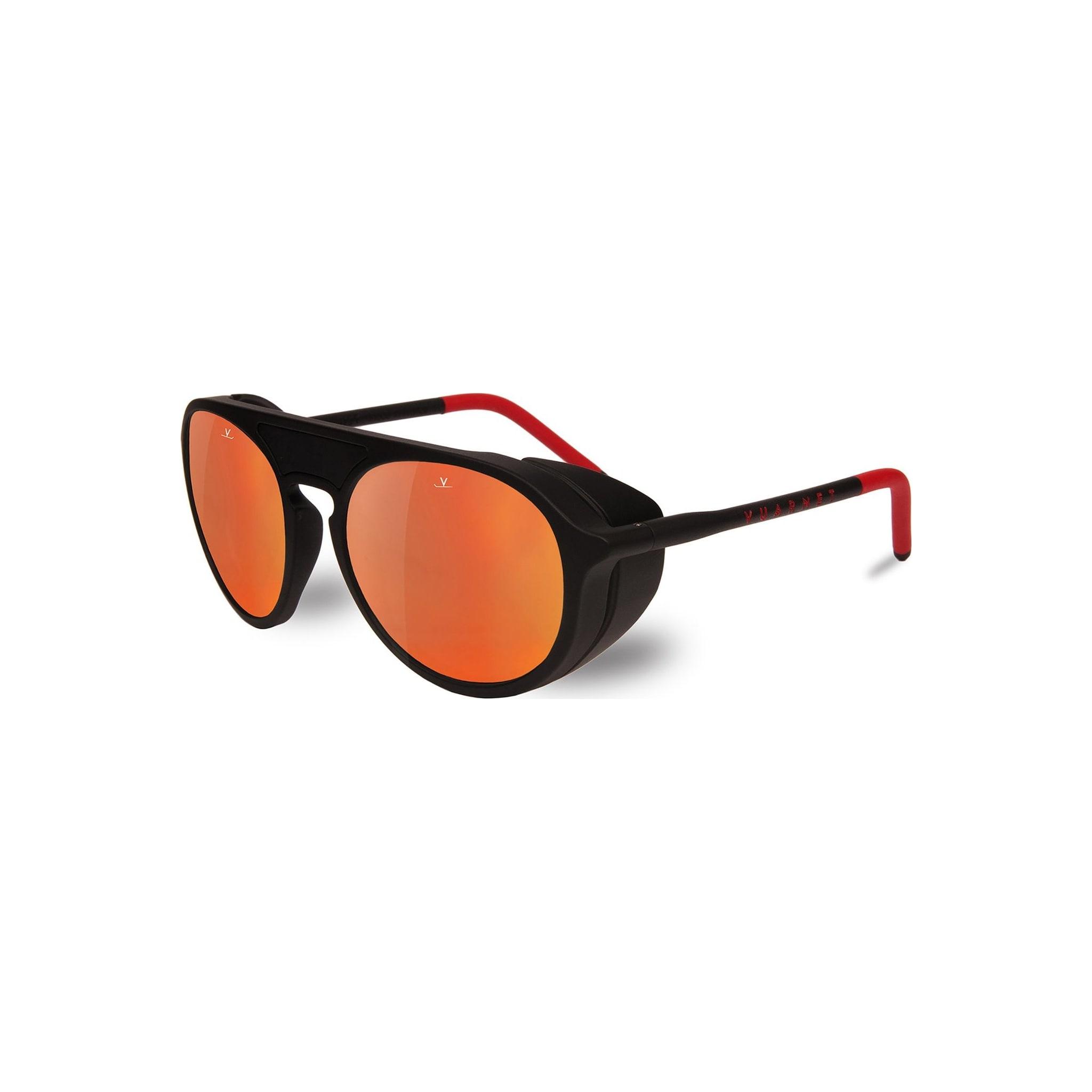 Eksklusive briller med svært tekniske detaljer