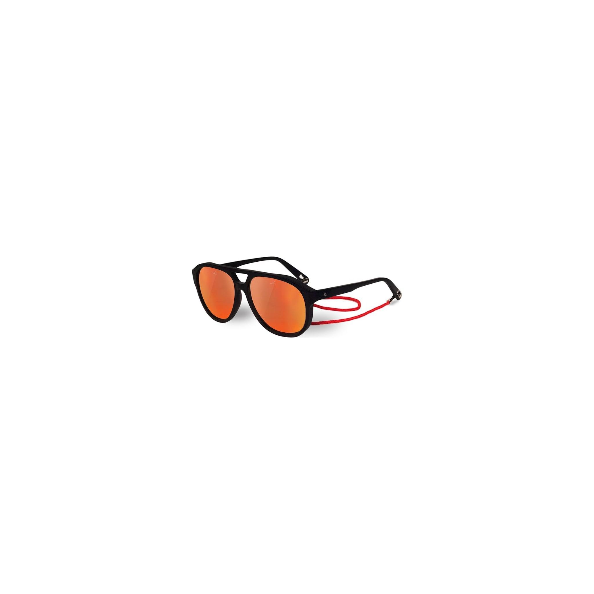 Høy kvalitet og tekniske detaljer pakket inn i en retrobrille