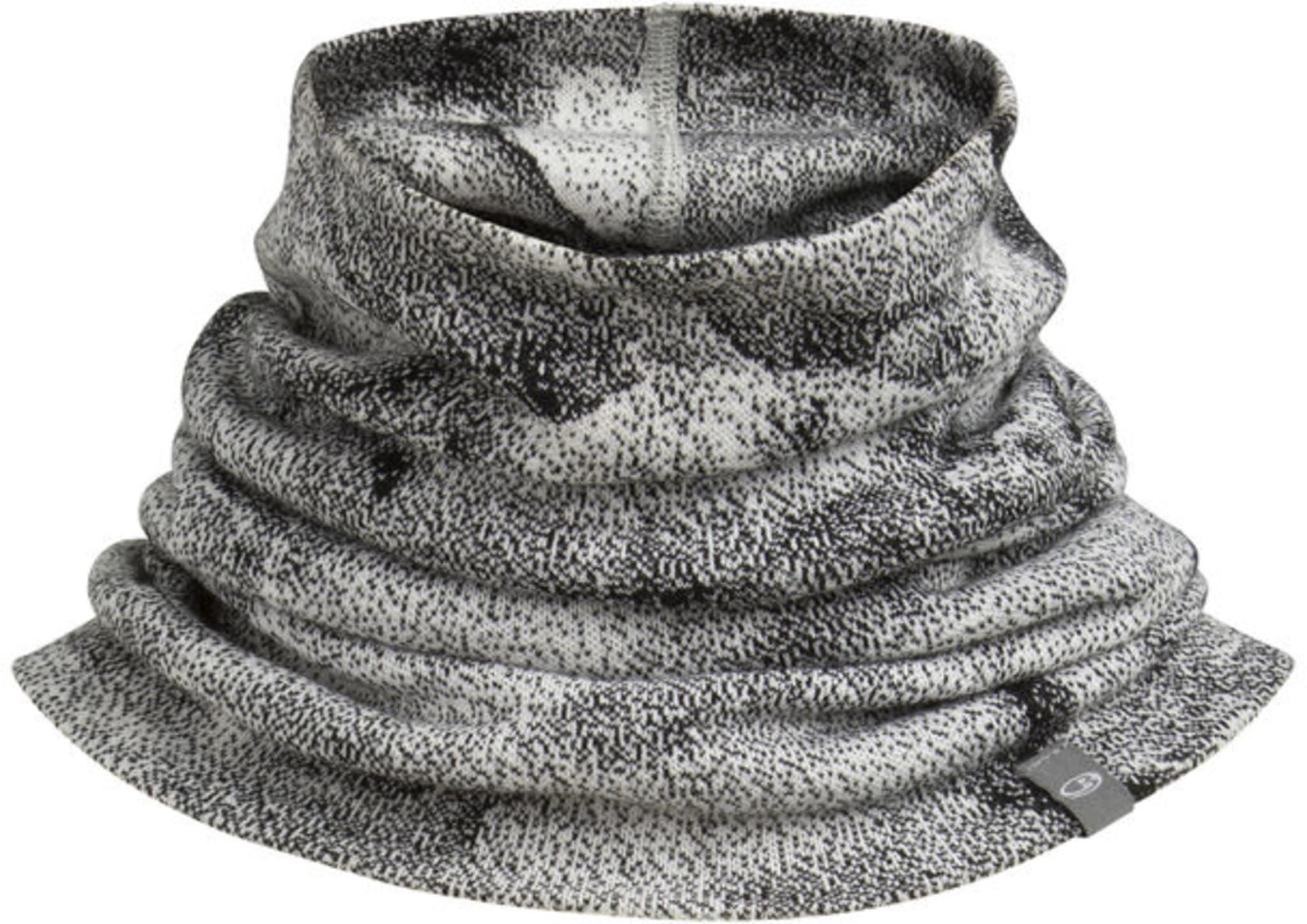 Varm hals laget i dobbelt materiale
