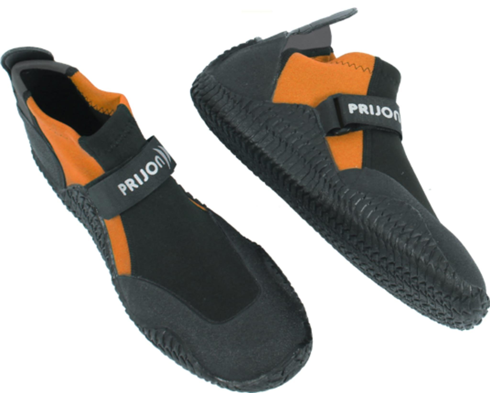 Neoprene-shoe flat version