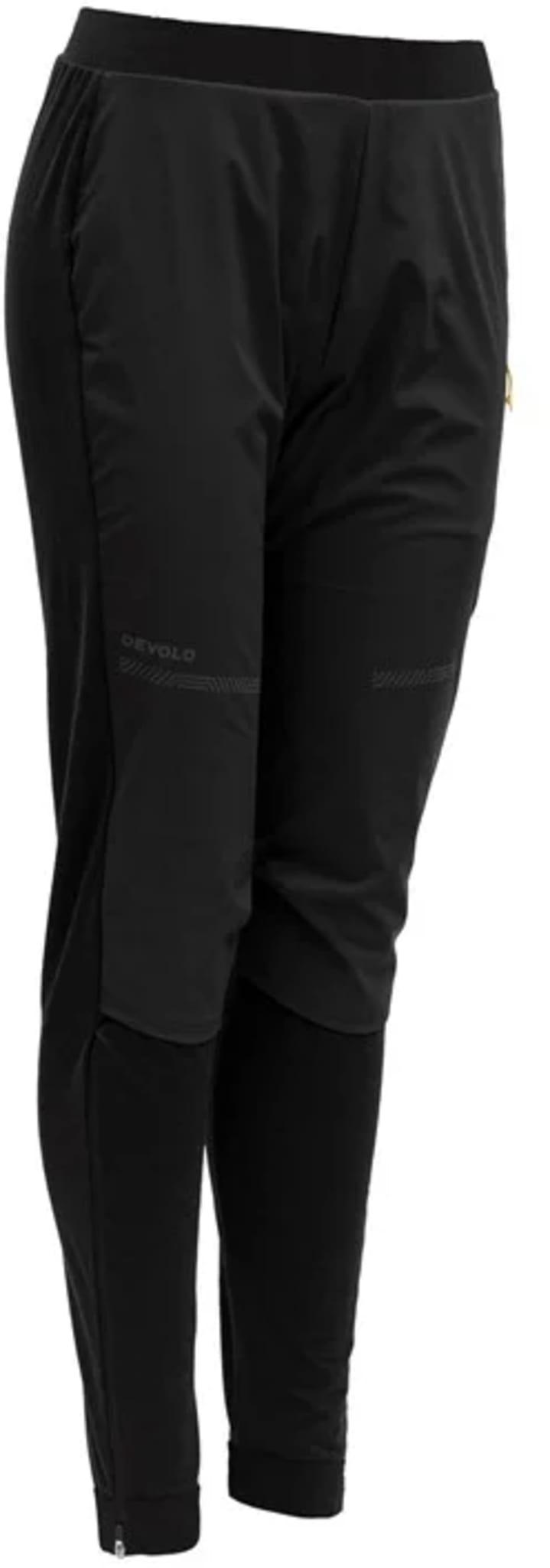 Devold® Running Cover beskytter mot vær og vind og lar deg utvide løpesesongen til hele året.
