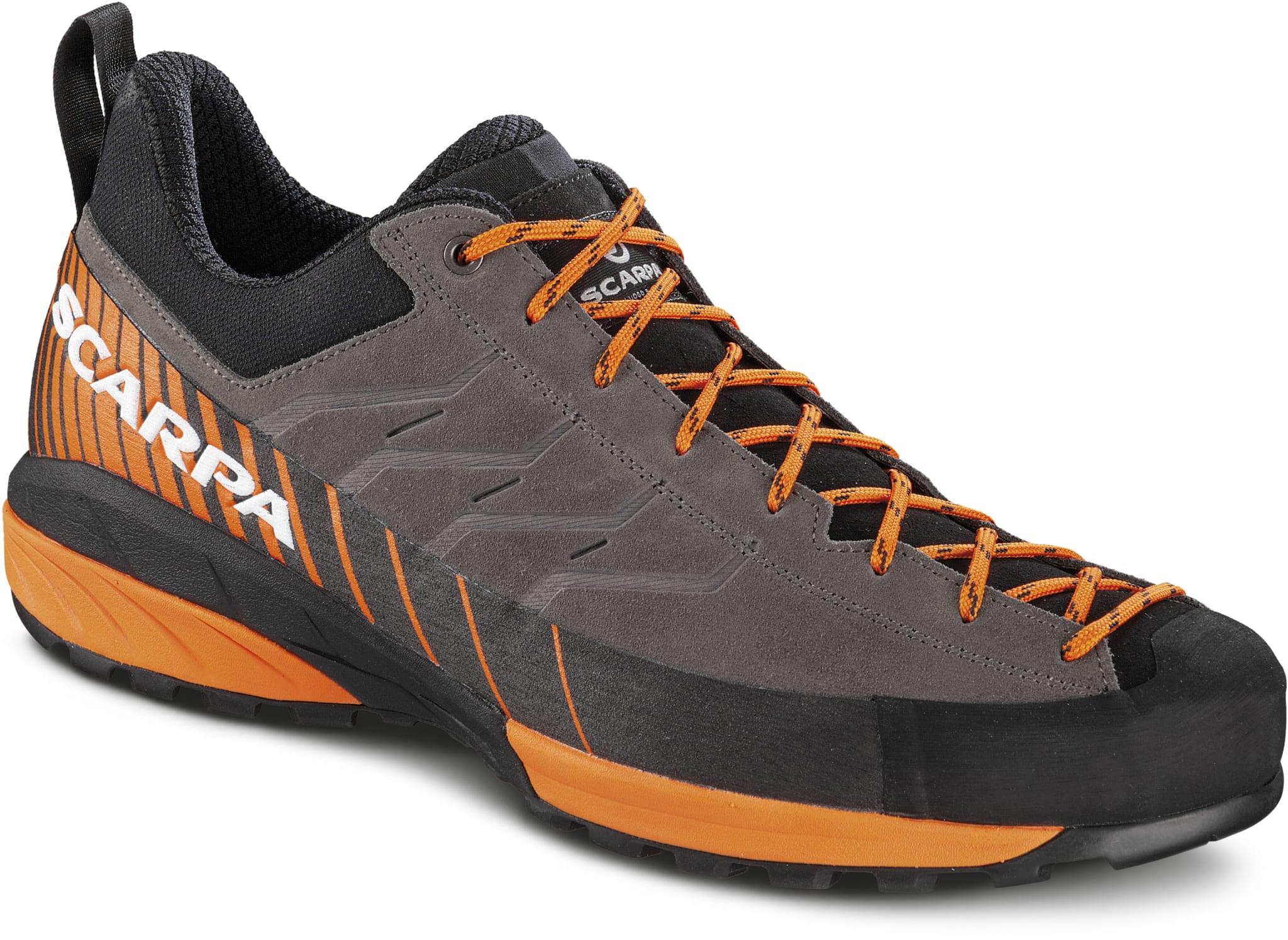 Teknisk sko for anmarsjer, via-ferrata og lette fotturer