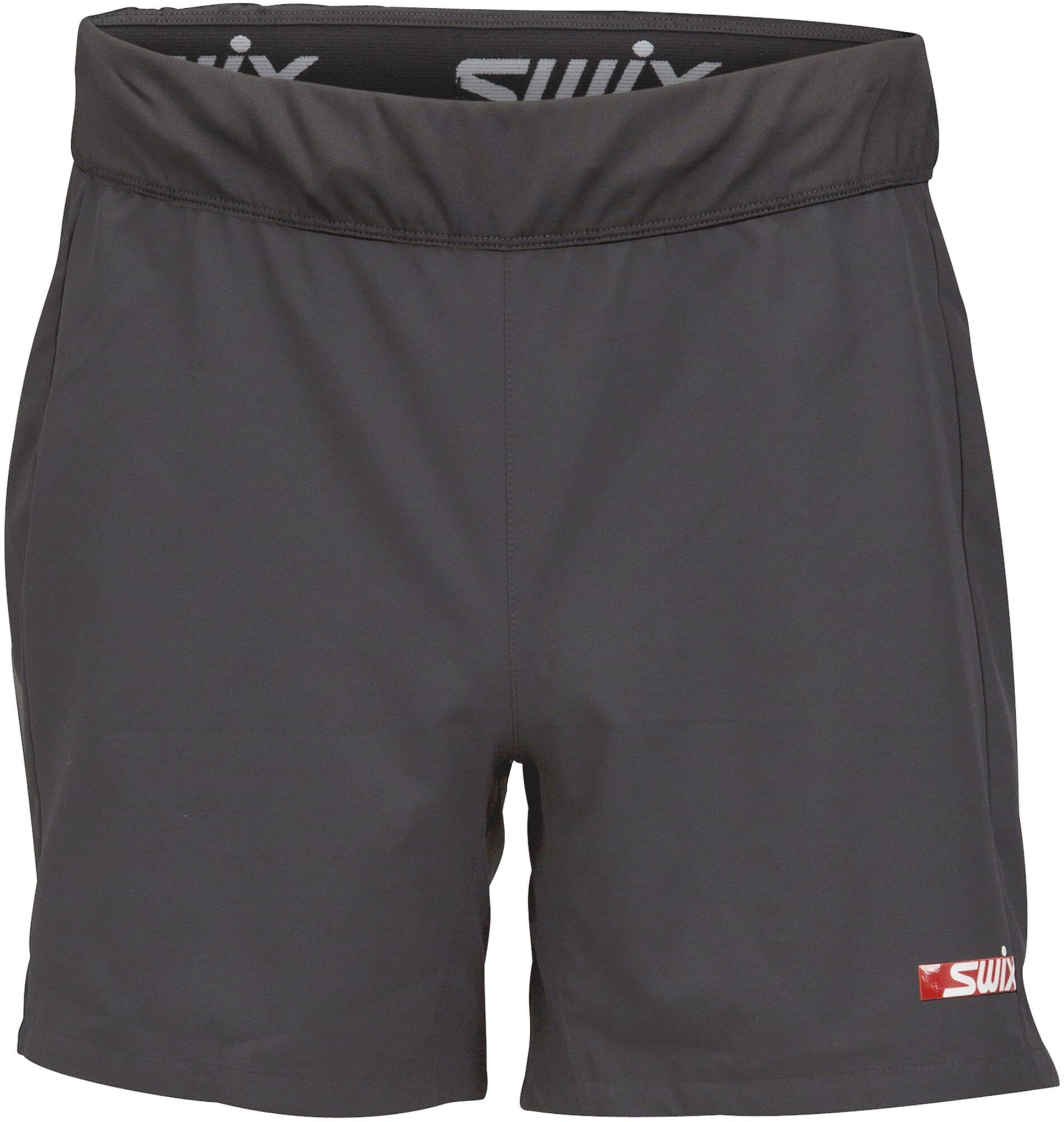 En rik og gjennomtengt lett løpshorts til bruk over dine tights eller treningstrunk favoritter.