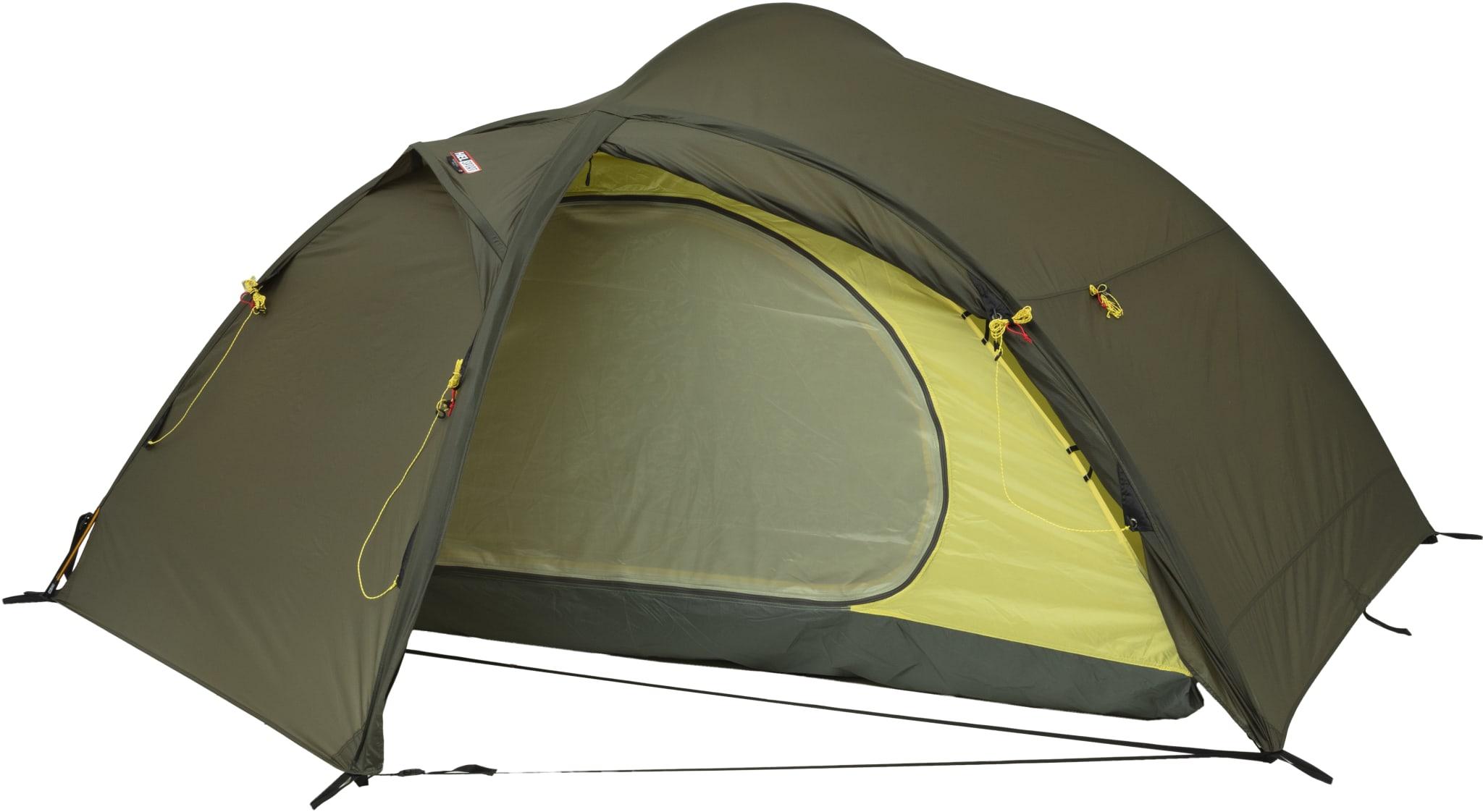 Selvstående telt med to innganger og to fortelt for helårsbruk