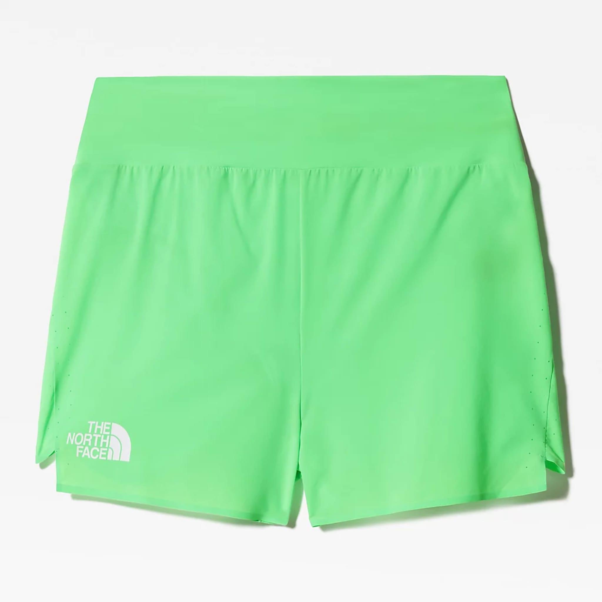 Ekstremt god pusteevne i varmen, lav vekt og behagelig passform er egenskaper som går igjen i denne shortsen