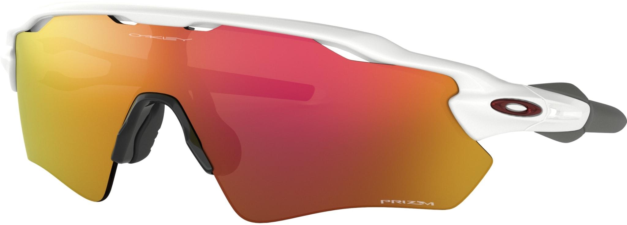 Lekker sportsbrille med stort synsfelt og snøglass