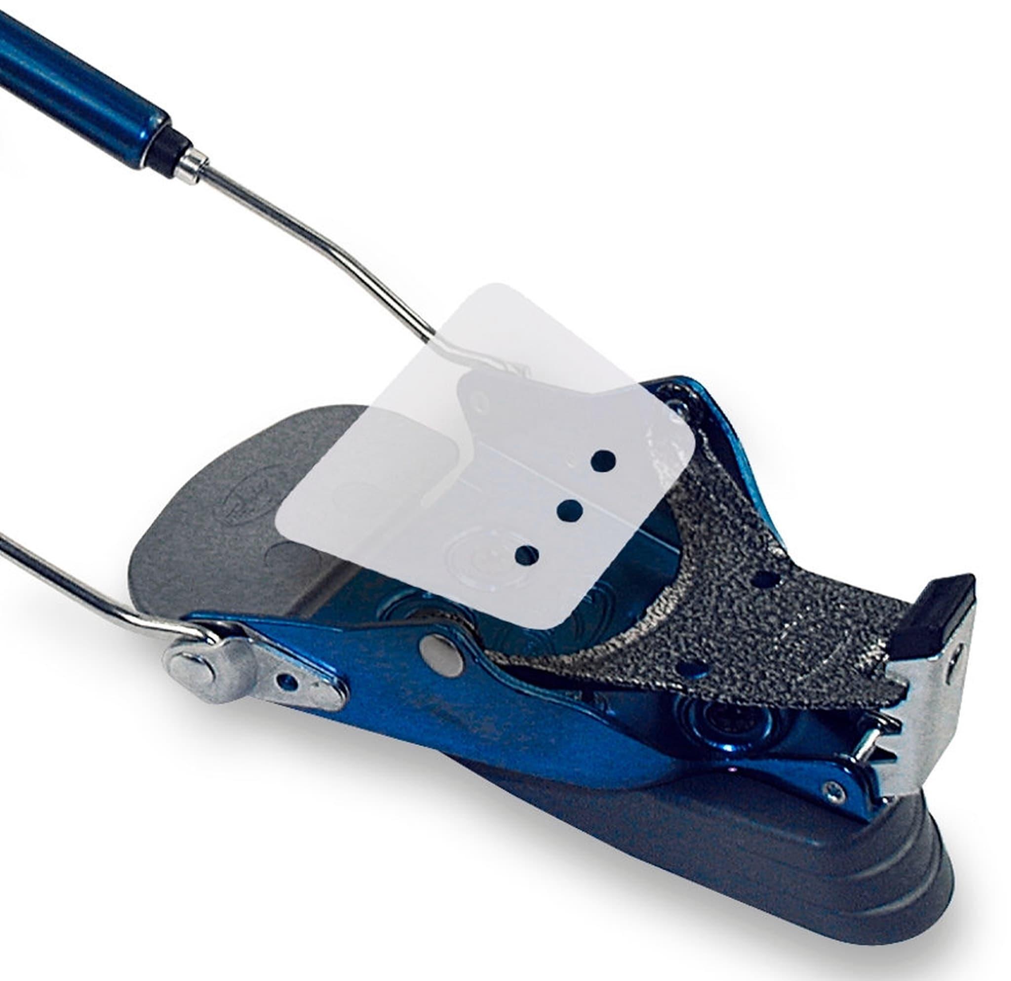 Hindrer ising mellom binding og sko