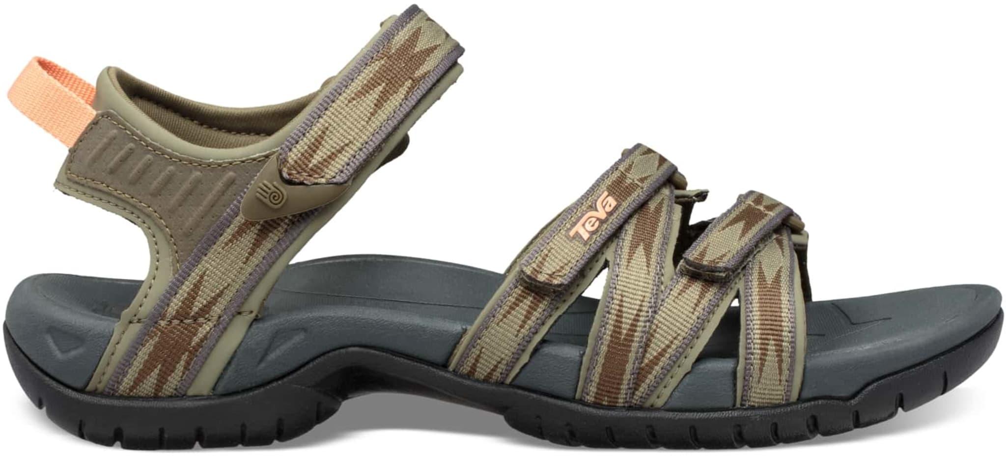 Lett og anvendelig sandal