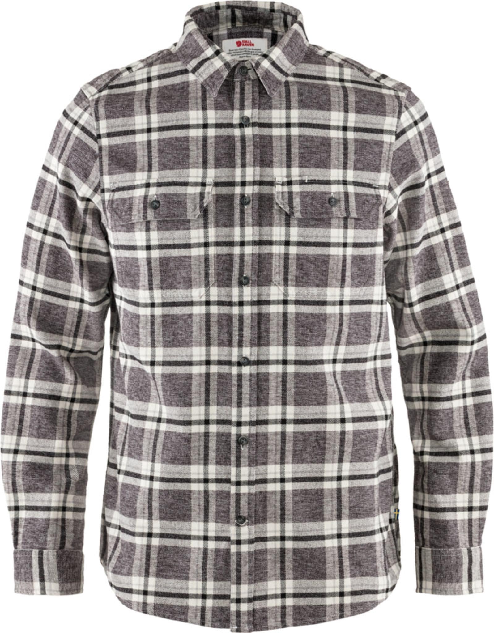 Klassisk langermet flanellskjorte med komfortabel passform.