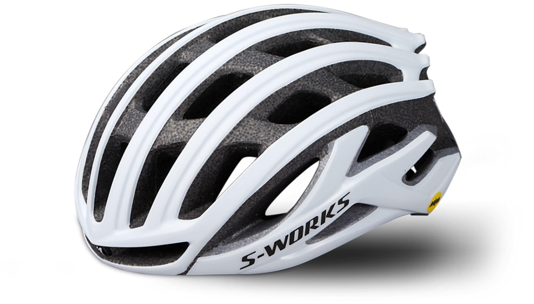 Komfortabel og meget god hjelm fra Specialized!