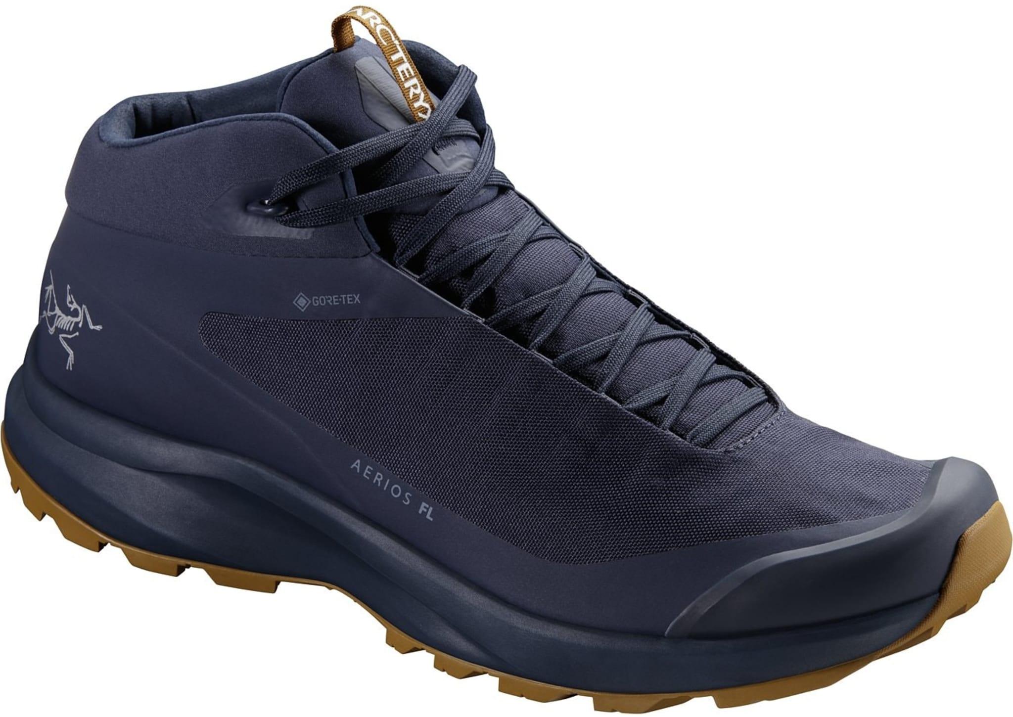 Lette, stabile og vanntette sko for turer med og uten lett sekk