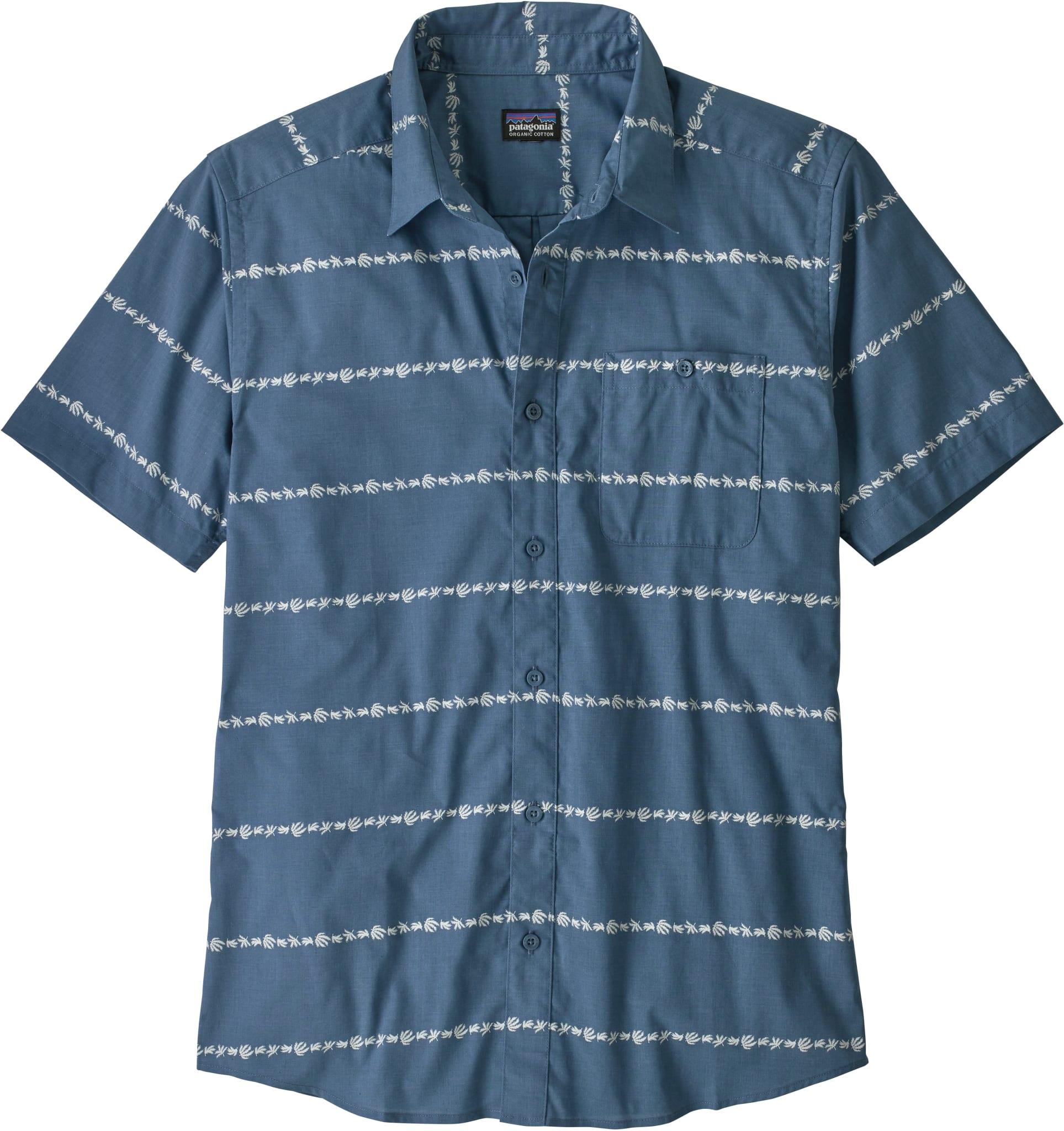 Lett og hurtigtørkende skjorte laget i organisk bomull og resirkulert polyester
