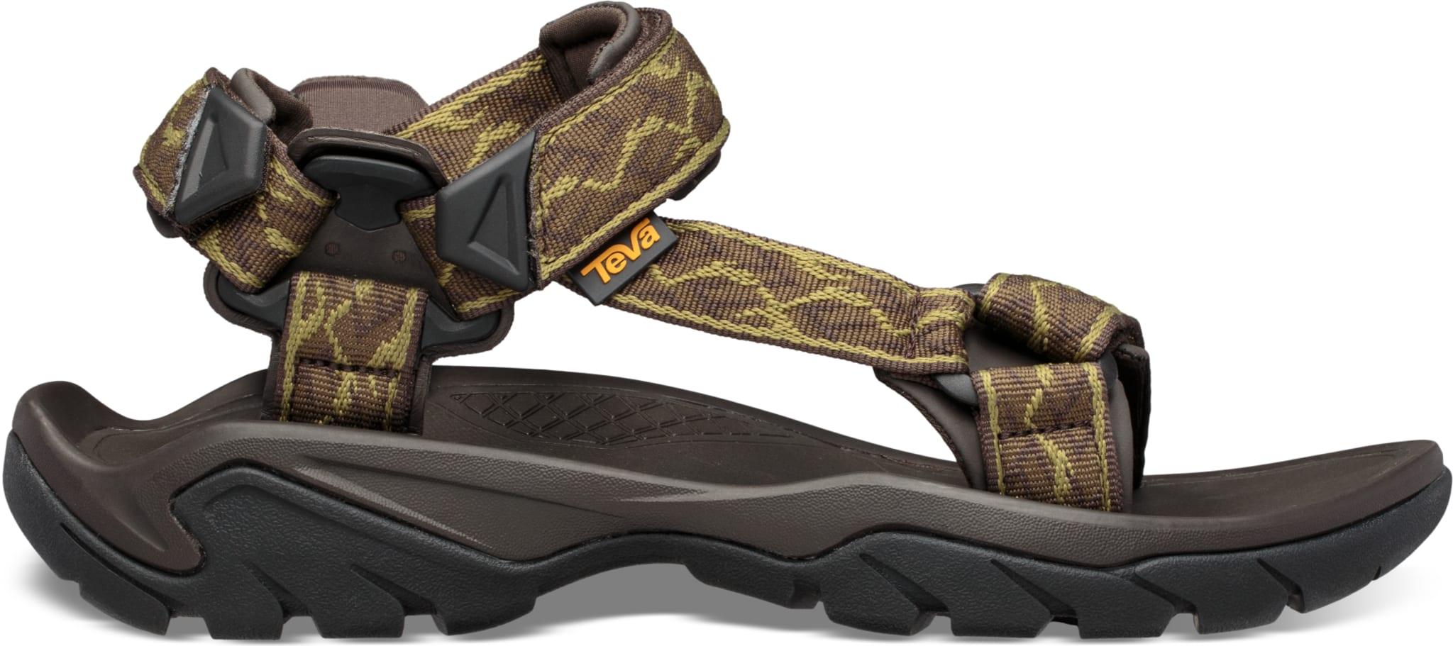 Lett og funksjonell sandal