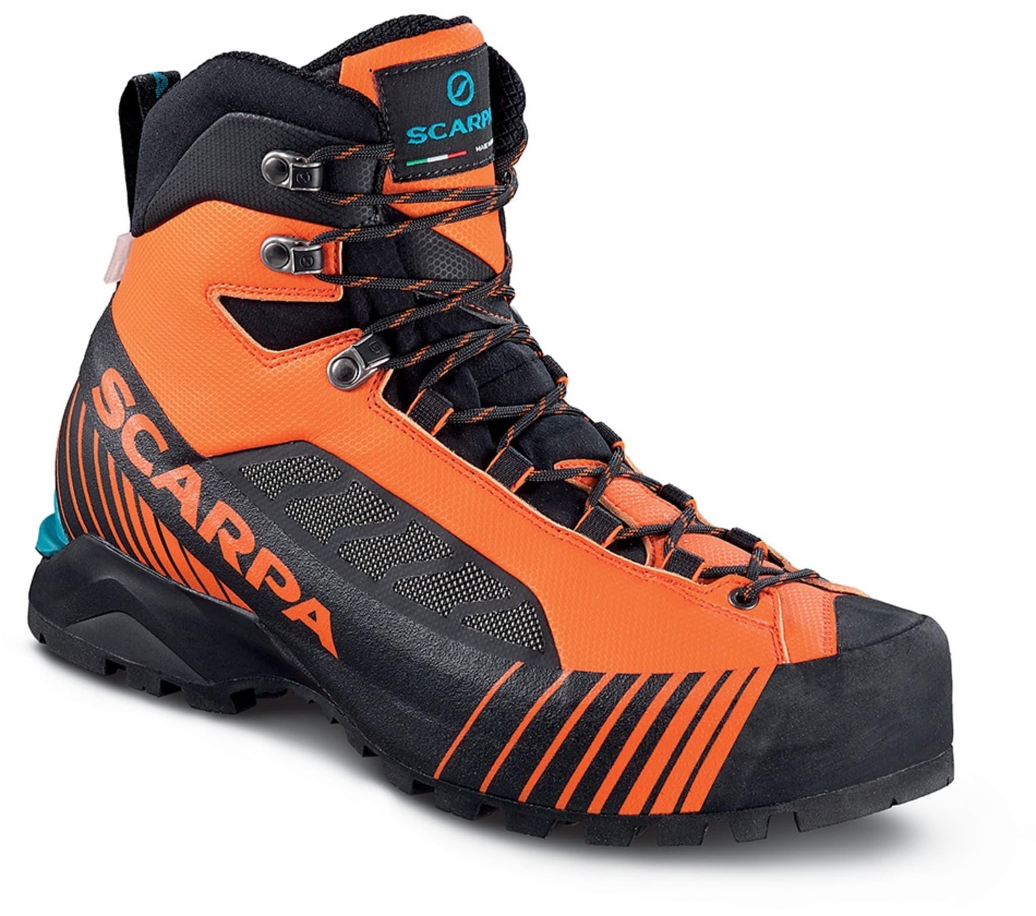 Lett sko laget for komplekse eventyr i fjellet