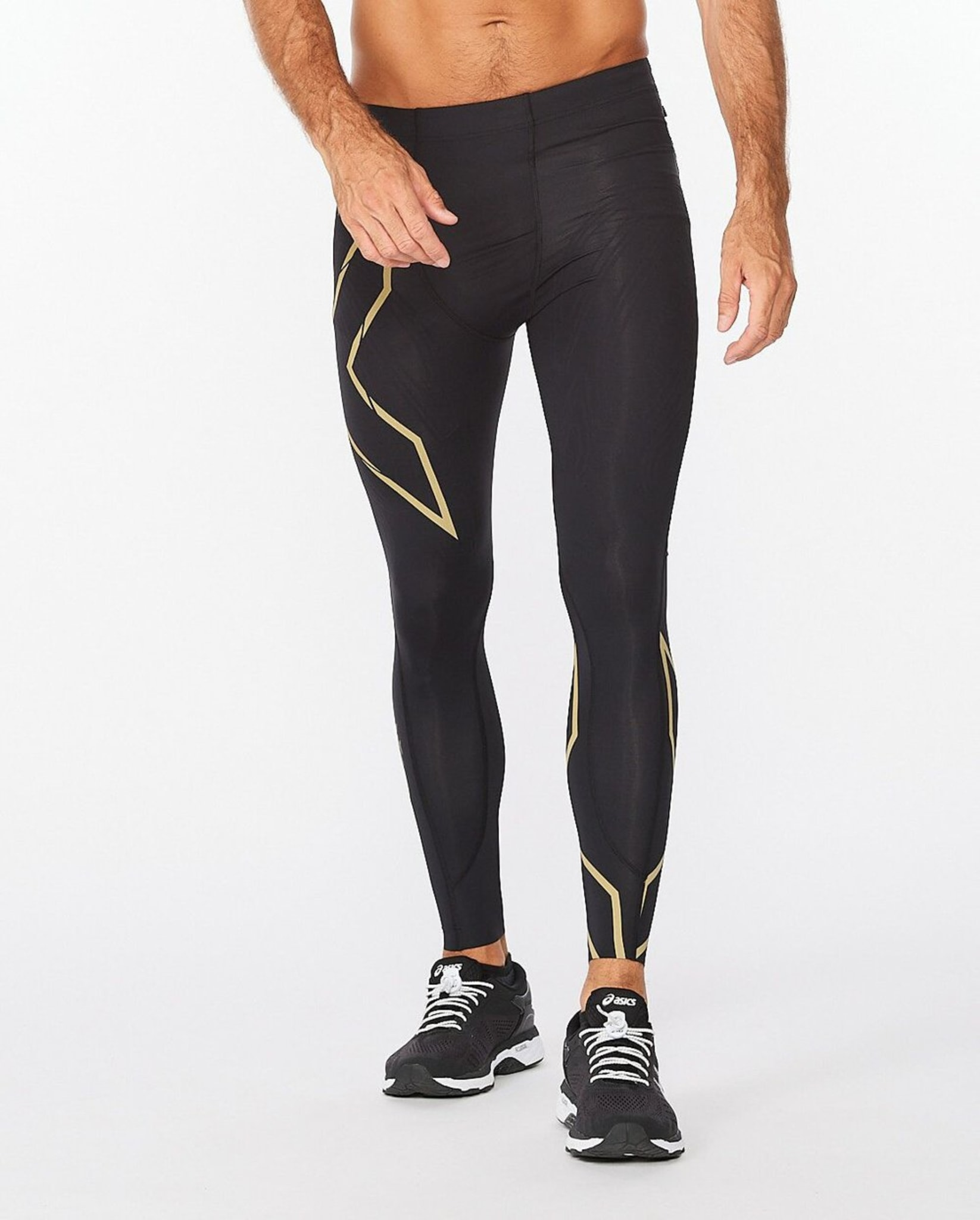 Light Speed Compression Tights med revolusjonerende muskelomsluttende trykk (MCS) teknologi, er utviklet med detaljert forståelse for hvordan løping påvirker beina, reduserer muskelfriksjon, skader og