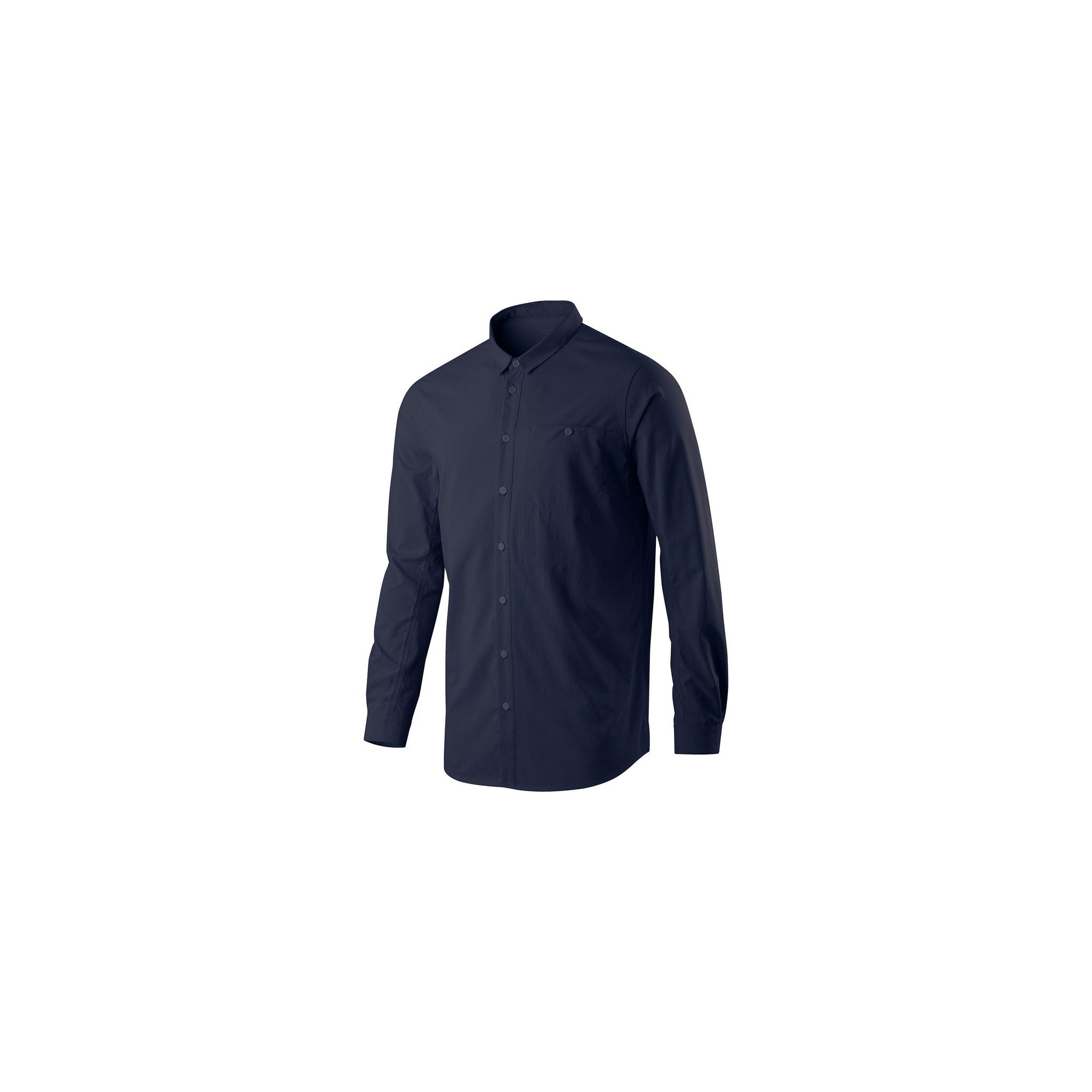 Lett og hurtigtørkende skjorte med følelse av skreddersøm i varmen